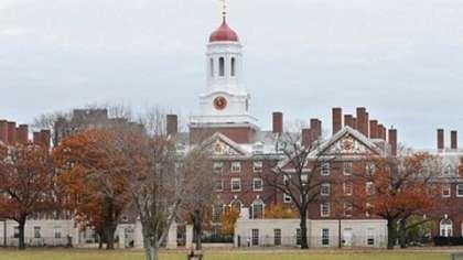哈佛大学宿舍竟然办起乱伦派对图片