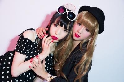 日本推首本伪娘写真图片